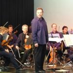 Mozart mal anders: Auf interessante und unterhaltsame Art und Weise brachte das Beethoven-Orchester Bonn durch ein Gesprächskonzert vielen ESG-Schülern das Leben des großen Komponisten näher.