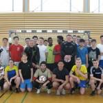 Ein einmaliges Erlebnis: Die Schüler unserer Fußballteams ließen sich am Mittwochmorgen von den Ex-Bundesliga-Profis Marcel Witeczek (ehemals u.a. FC Bayern) und Michael Klinkert (Schalke und Mönchengladbach) trainieren.